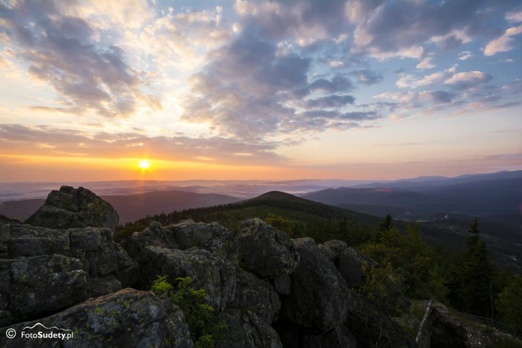 Góry Izerskie: Szklarska Poręba – Wysoki Kamień – Zakręt Śmierci – Piechowice
