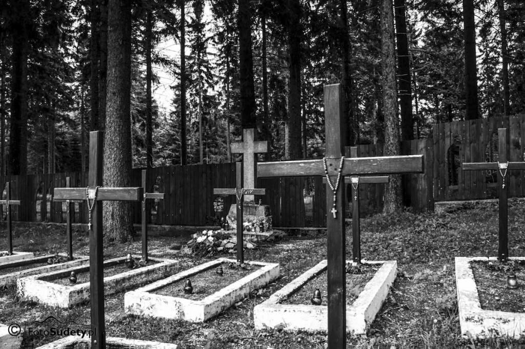 Karkonosze: Cmentarzyk jeńców wojennych w Borowicach