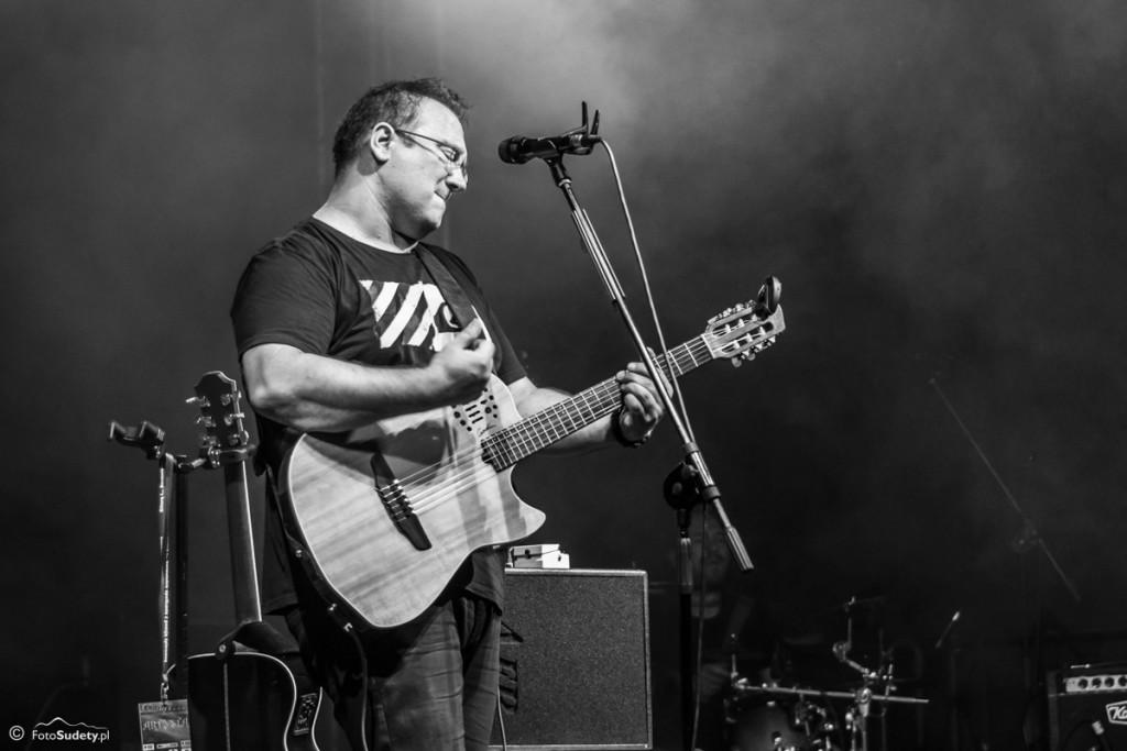 Gitarą i… Borowickie spotkania z poezją śpiewaną 2015 – dzień 2