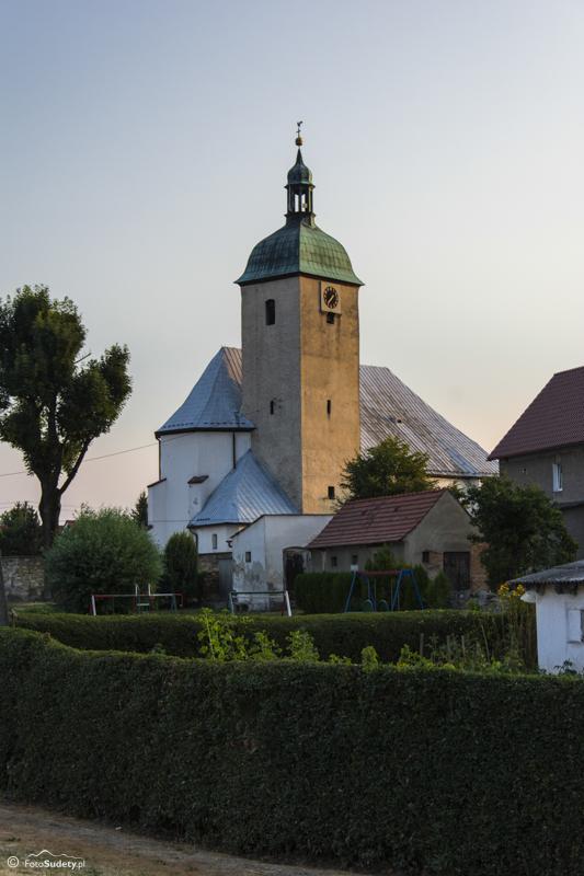 063 kościół w Ratnowicach