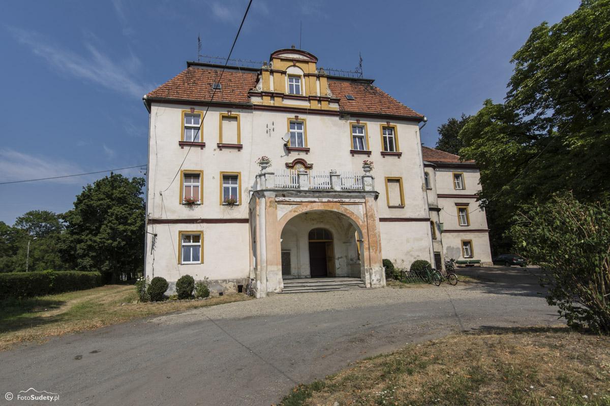 070 Pałac w Ujeźdźcu