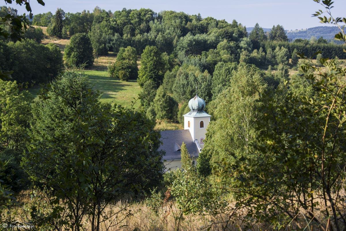 065 kościół w Kątach Bystrzyckich