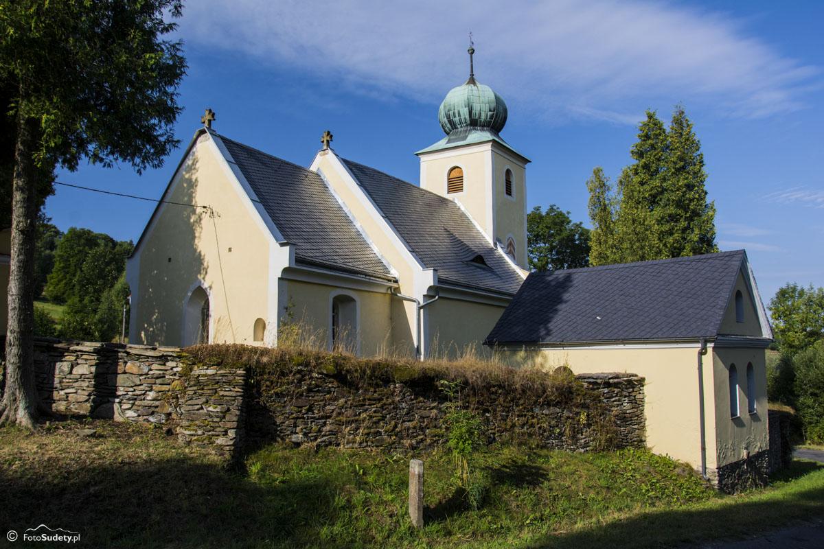 066 Kościół w Kątach Bystrzyckich