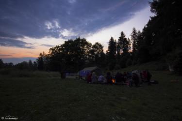 057 Polana 2015 dzień 1 - przy ognisku tuż przed wschodem słońca