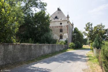 075 ruiny dworu w Lisich Kątach