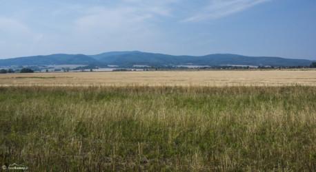 081 Widok na Góry Złote z okolic Unikowic