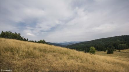 085 Widok z Przełęczy Puchaczówka w kierunku Konradowa